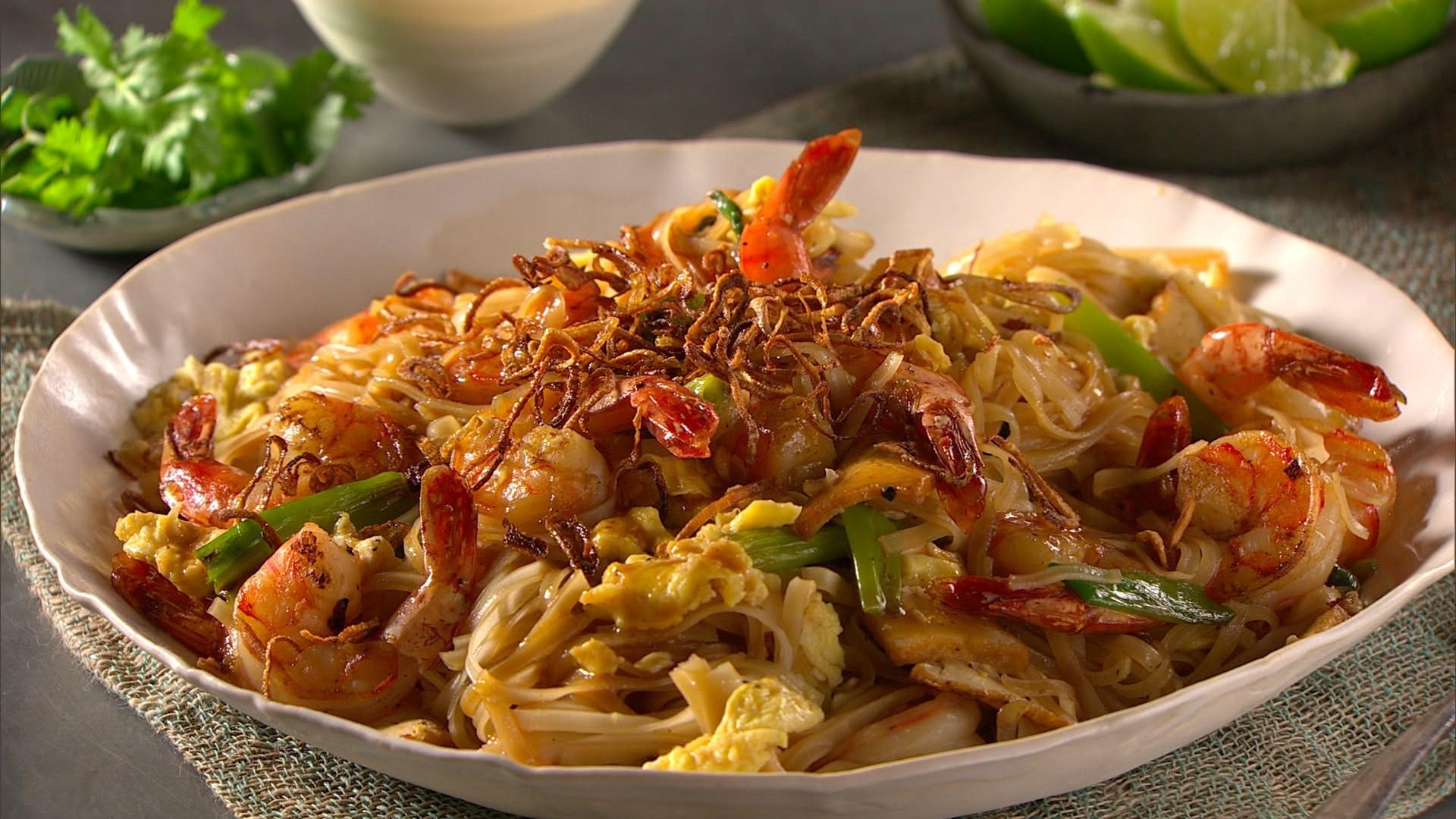 Healthy Shrimp Pad Thai Recipe  healthy shrimp pad thai recipe