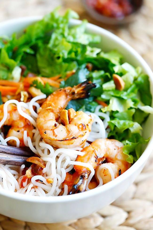 Healthy Shrimp Salad Recipes  Vietnamese BBQ Shrimp Rice Spaghetti Salad – Healthy