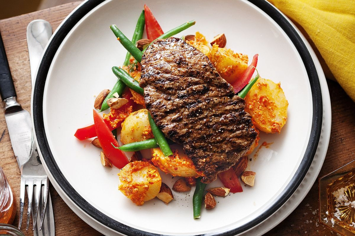 Healthy Side Dishes For Steak  Minute steaks with romesco salad Recipes delicious