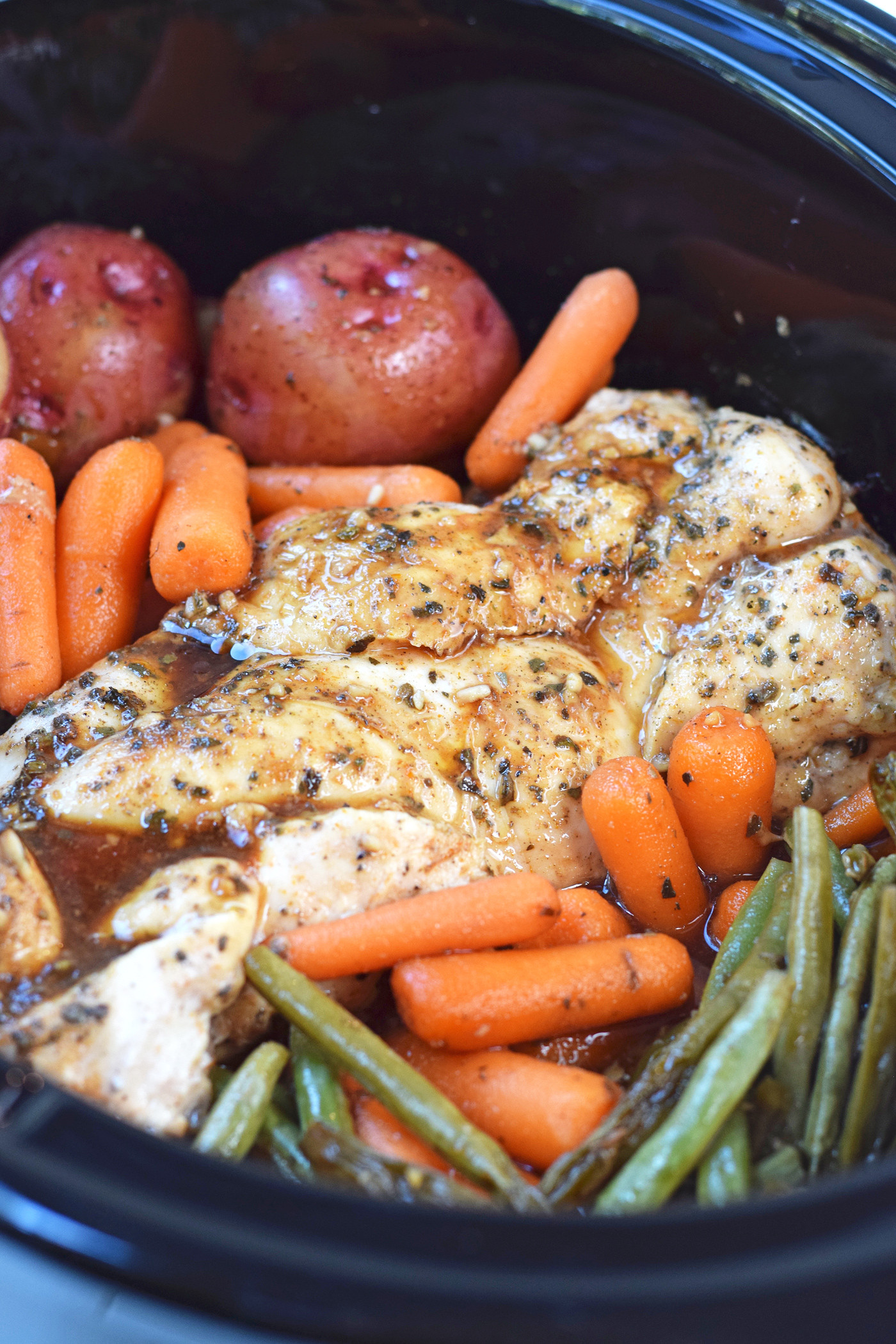 Healthy Slow Cooker Chicken Breast Recipes  Slow Cooker Honey Garlic Chicken and Ve ables Feel