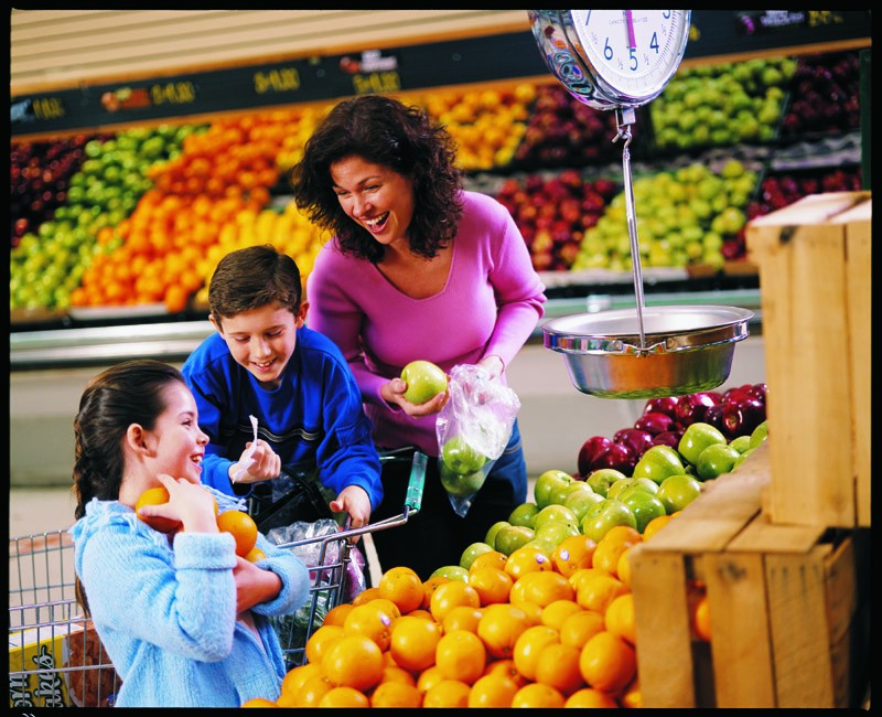 Healthy Smoothies To Buy At The Grocery Store  Tips on how to develop healthy eating habits in your child