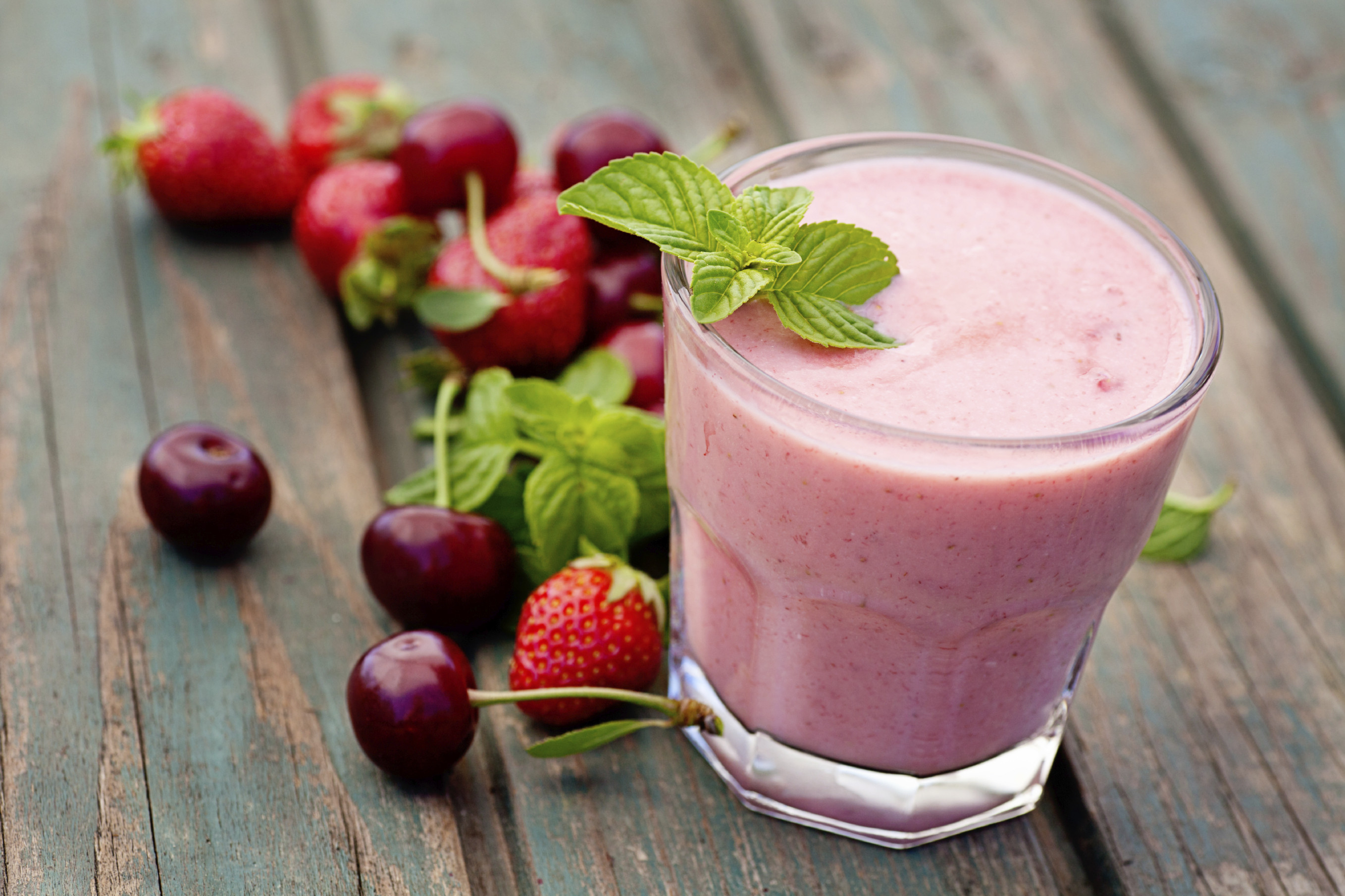 Healthy Smoothies To Make  The BEST Frozen Fruit for Smoothies