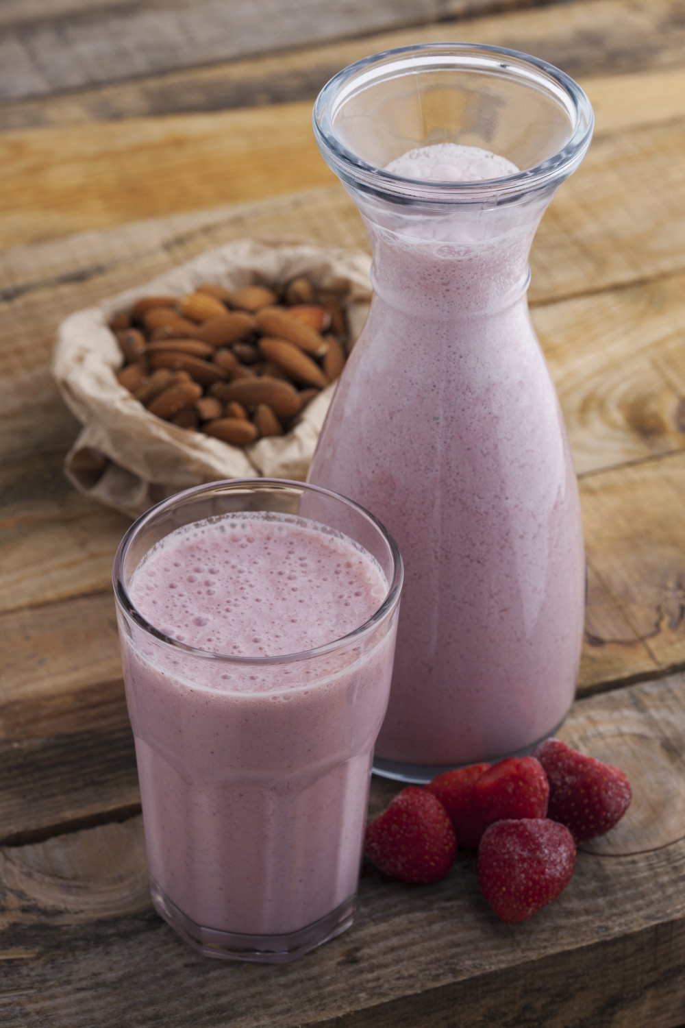 Healthy Smoothies With Almond Milk  Strawberry Mango and Almond Smoothie All Nutribullet Recipes