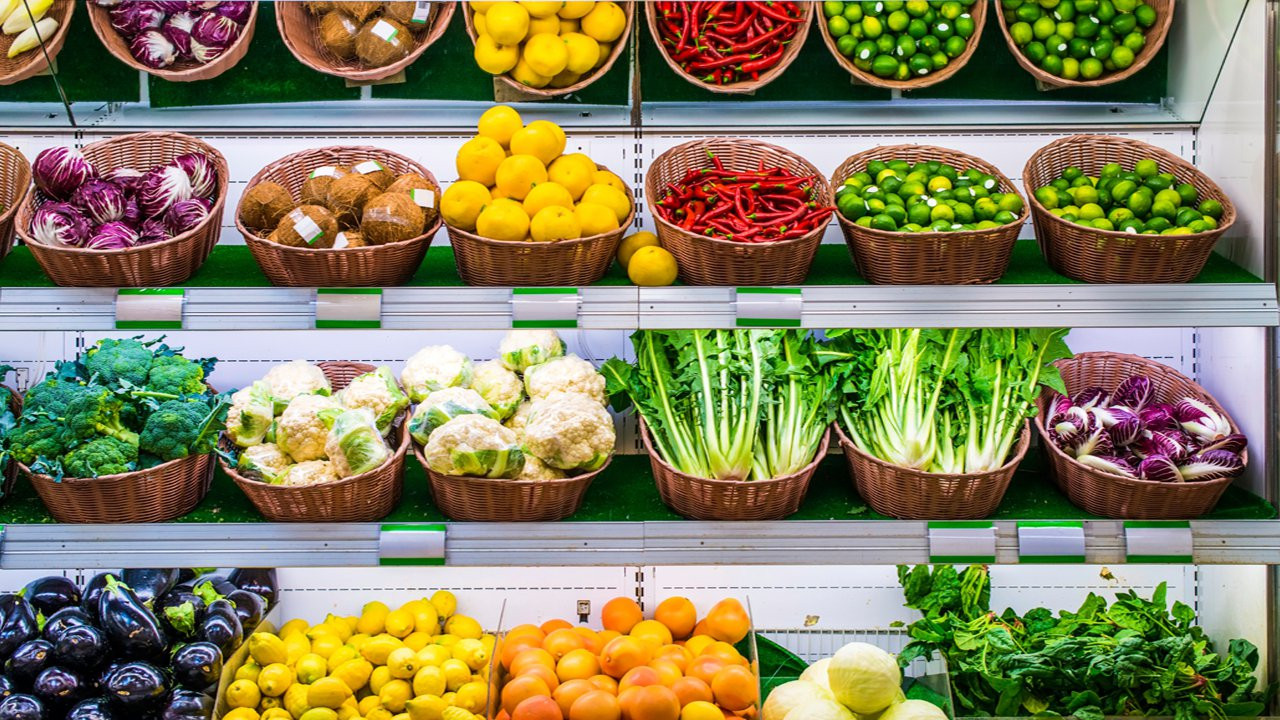 Healthy Snacks At Grocery Store  Healthy Grocery Shopping Fresh Foods Video HealthiNation