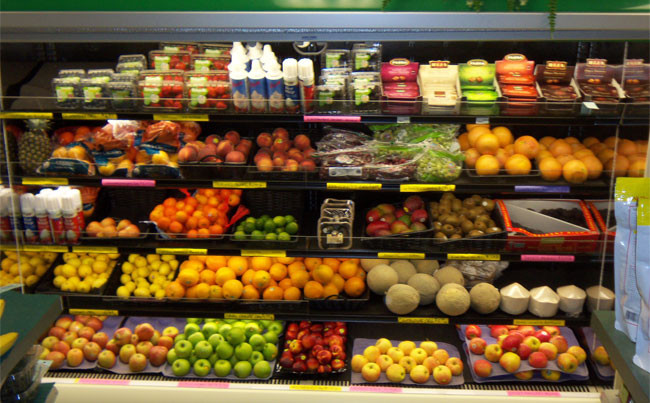 Healthy Snacks At Grocery Store  Natural retailers thrive in the face of petition