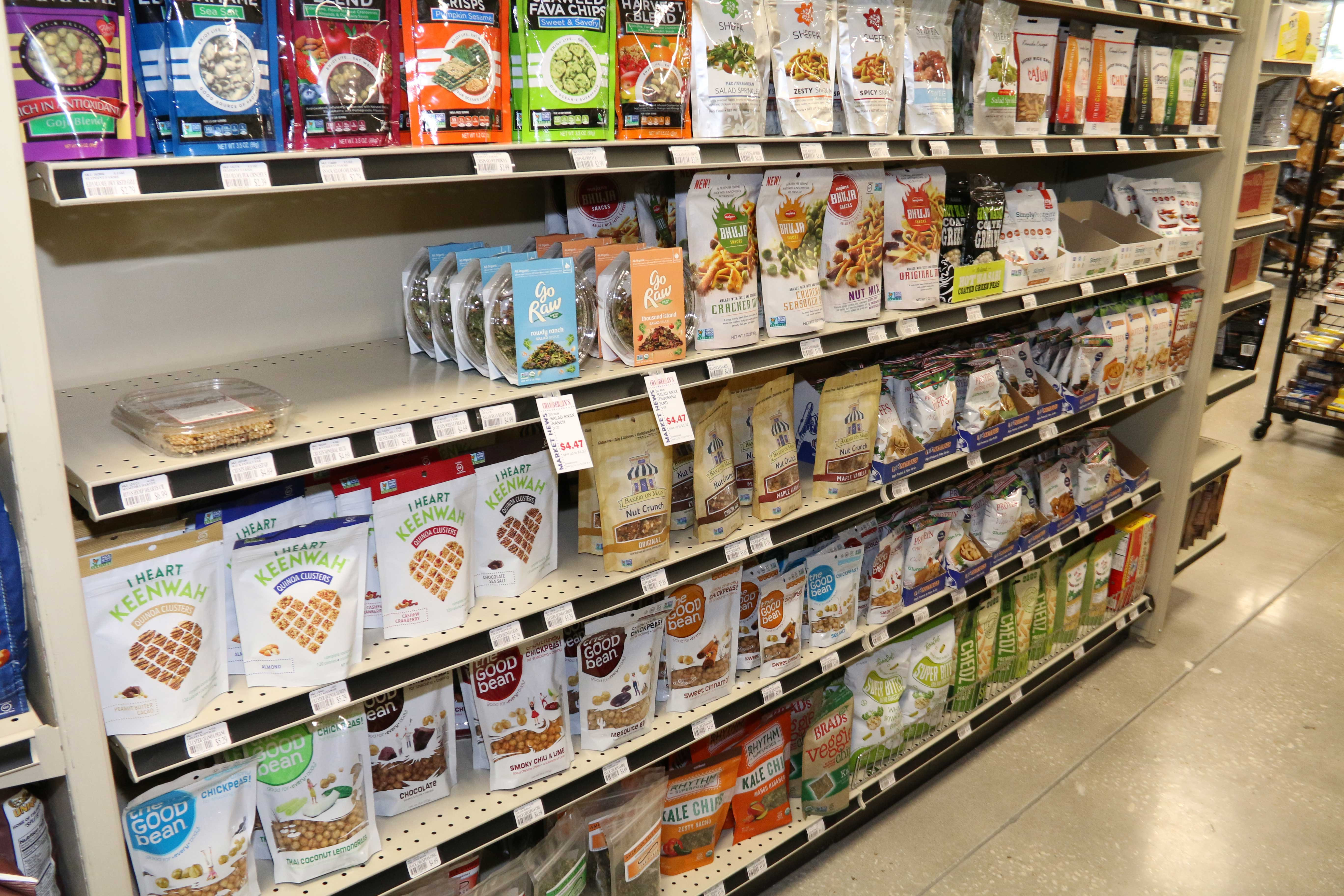 Healthy Snacks At Grocery Store  New Health Food Store Opens Up I Love Seeing All the New