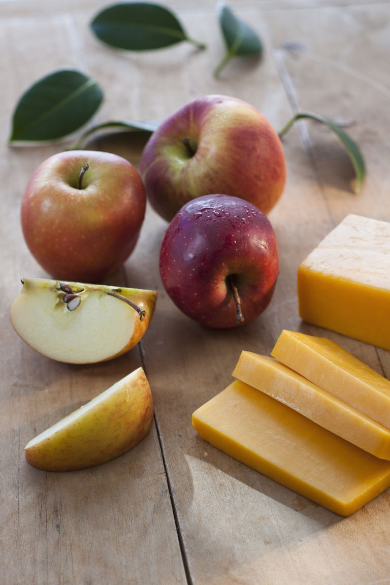 Healthy Snacks At Work  10 Healthy Snacks for Work Healthiest Foods to Eat at