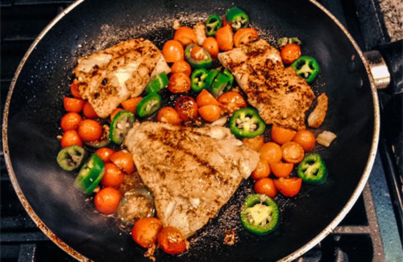 Healthy Snacks For Bodybuilders  Clean Cook 5 Pre Contest Meals From Nicole Moneer