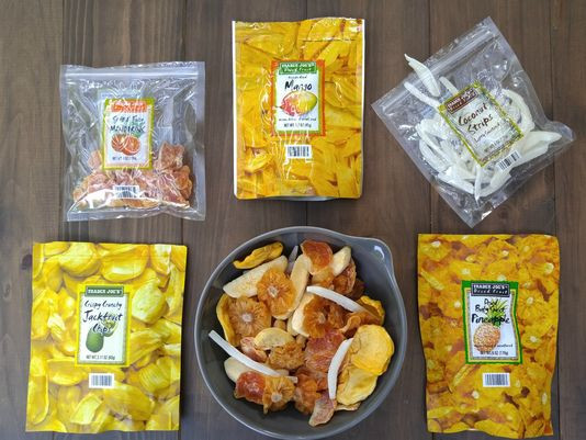 Healthy Snacks For International Flights  10 tasty snacks you can bring on the plane