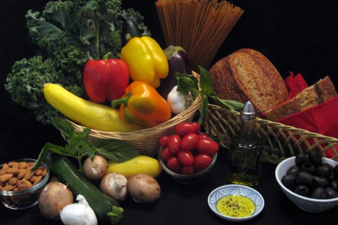 Healthy Snacks For Men  Healthy foods for weight loss for men