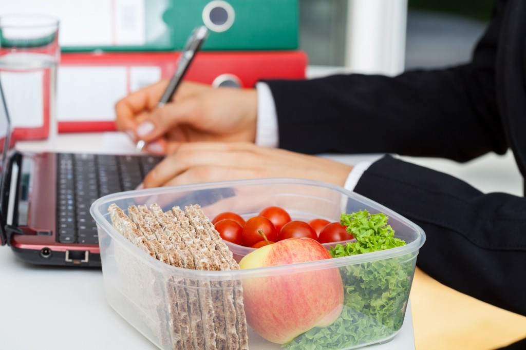 Healthy Snacks For Work  WatchFit Super healthy snacks for work that will help