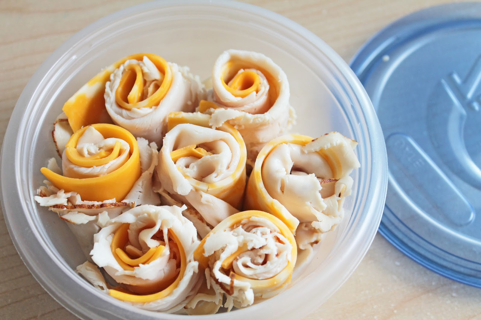 Healthy Snacks For Work  Easy to Make Snacks Turkey and Cheese Rolls Recipe