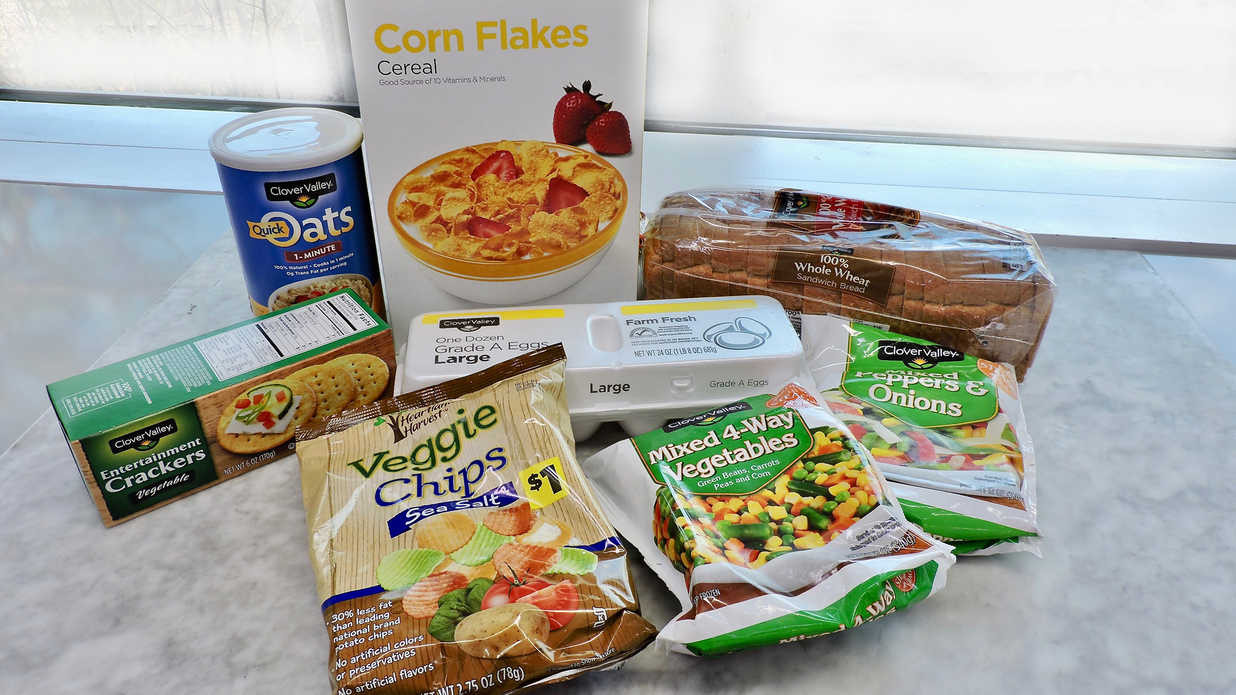 Healthy Snacks To Buy At Grocery Store  Healthy Food and Groceries You Can Buy at the Dollar Store