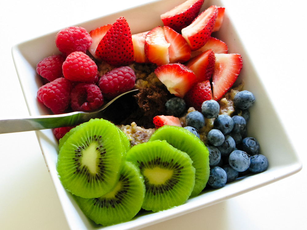 Healthy Snacks With Fruit  The Midweek Munch 8 foods to keep you healthy this