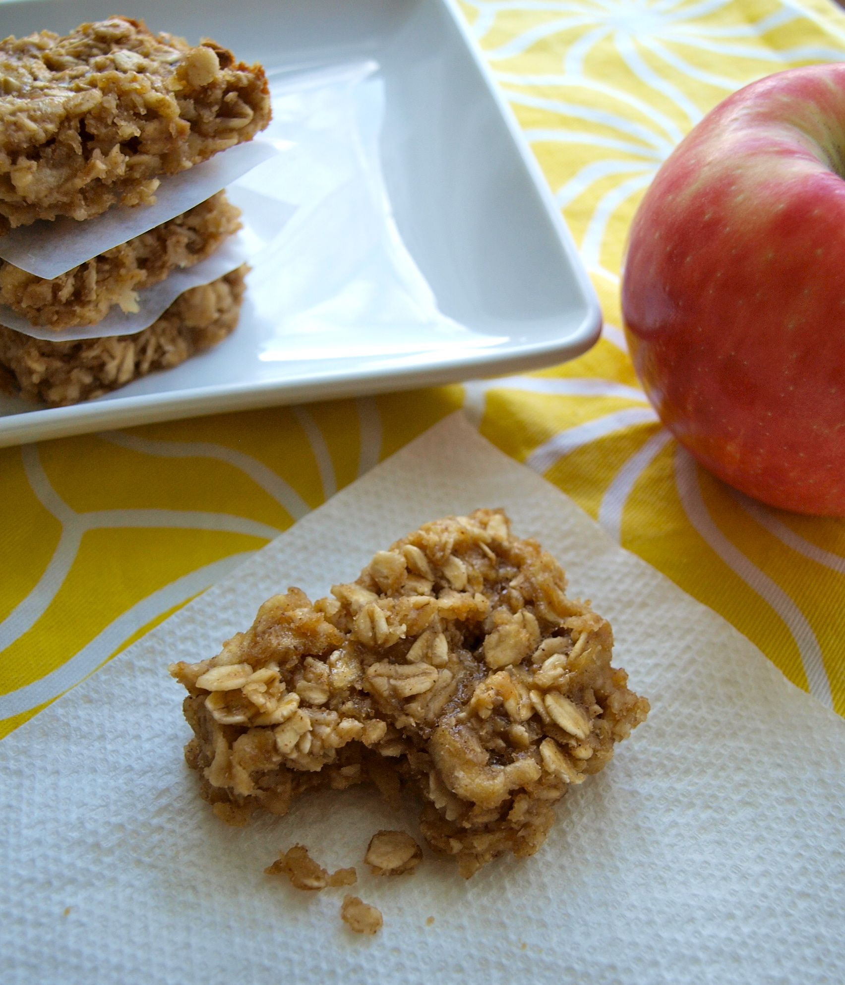 Healthy Snacks With Peanut Butter  Apple peanut butter snack bars Happy Healthy Mama
