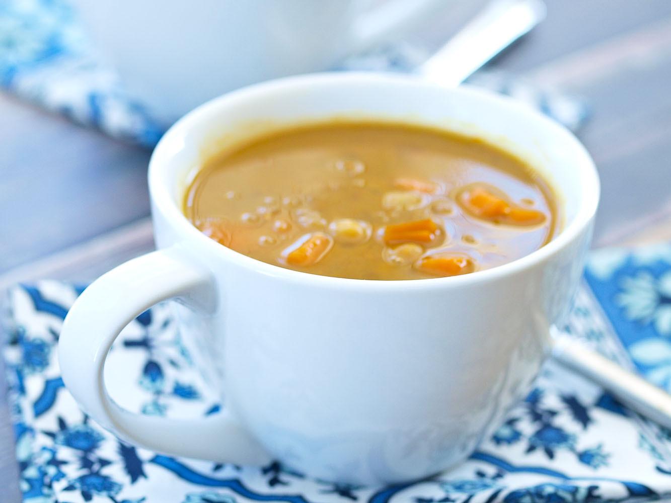 Healthy Soups To Make  Crockpot Vegan Coconut Curry Chickpea Lentil Soup Happy