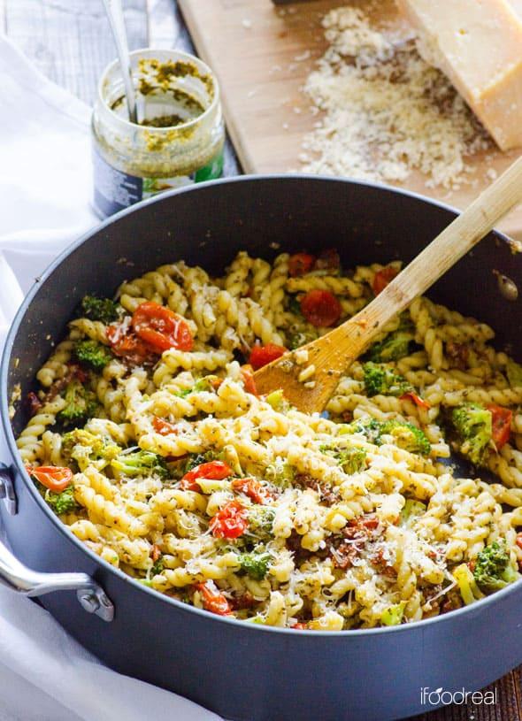 Healthy Spaghetti Recipes  Healthy Pasta iFOODreal Healthy Family Recipes