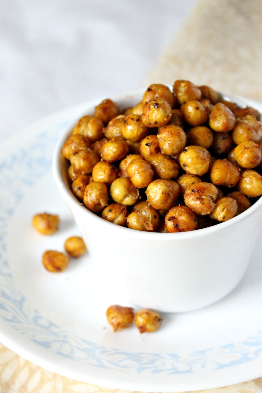 Healthy Spicy Snacks  Spicy Roasted Chickpeas