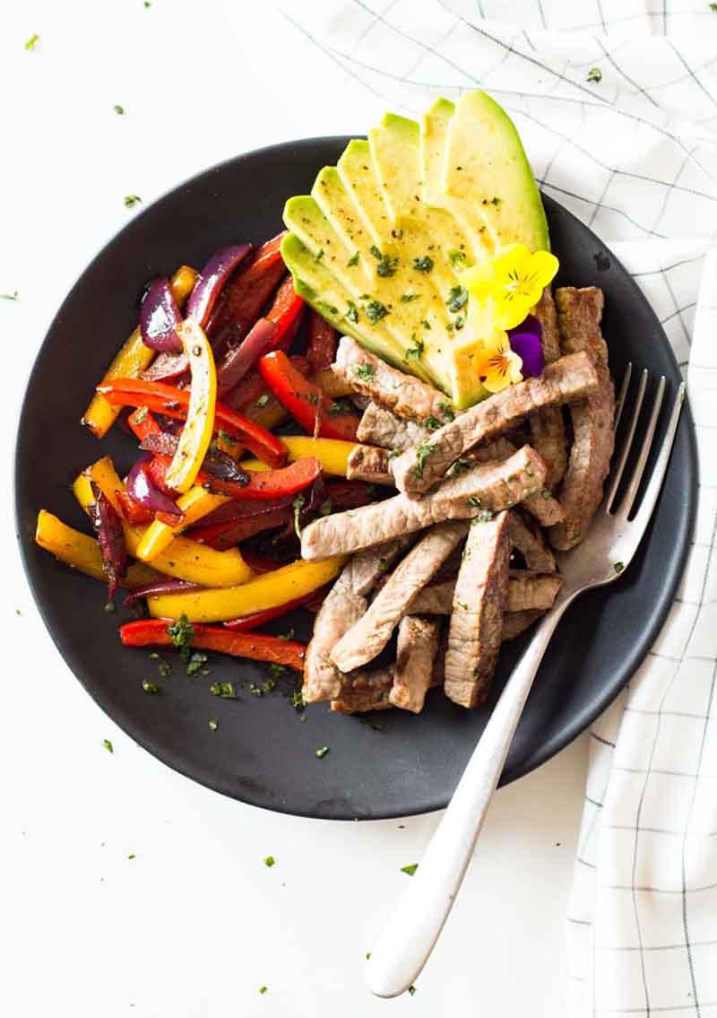 Healthy Steak Fajitas  Healthy & Easy Beef Fajitas You Can Make in 15 Minutes