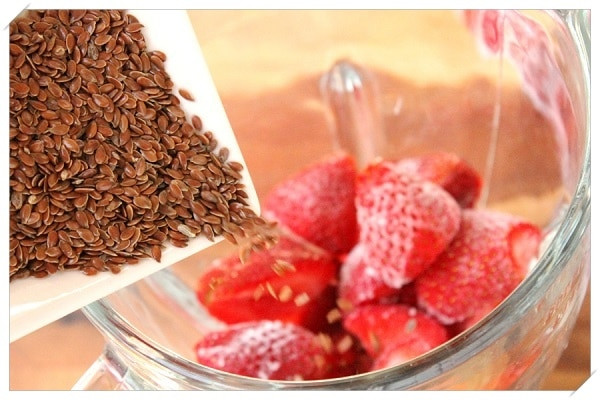 Healthy Strawberry Smoothie Recipes Weight Loss  12 Healthy Weight Loss Recipes for an Easy Peasy Diet