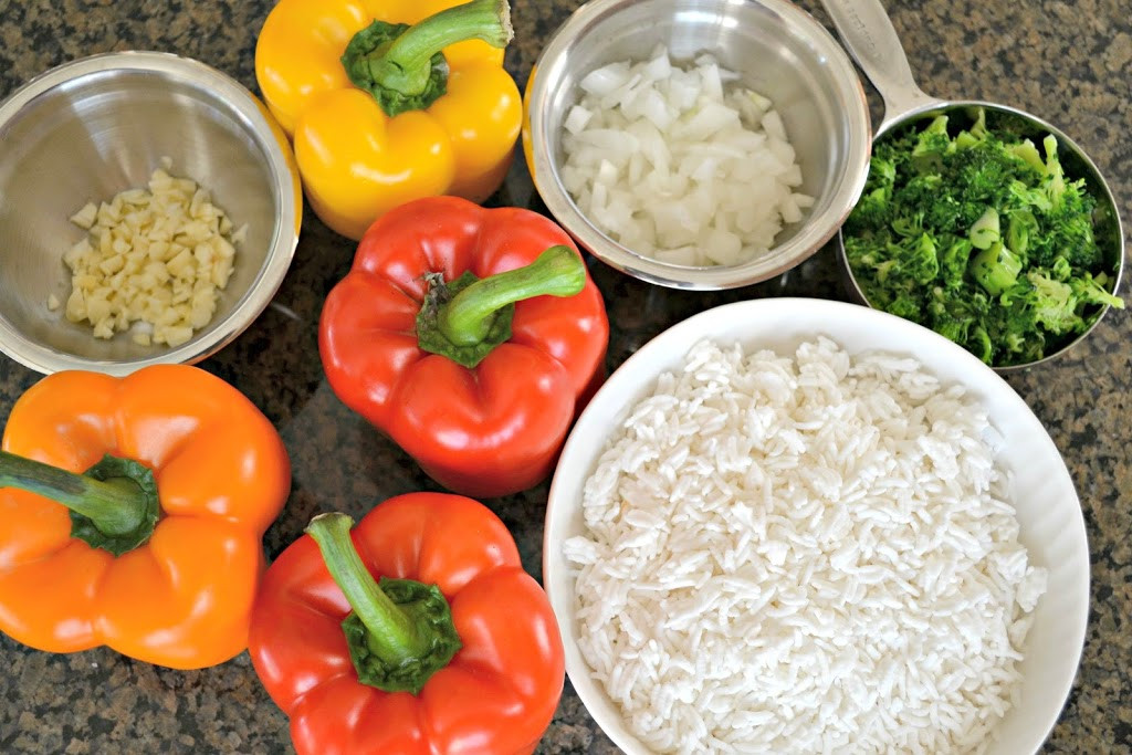 Healthy Stuffed Peppers With Ground Turkey  Super Healthy Ground Turkey Stuffed Peppers Hello Splendid