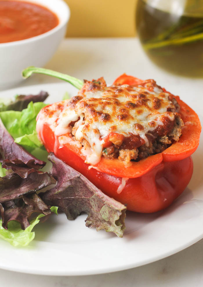 Healthy Stuffed Peppers With Ground Turkey  healthy ground turkey stuffed peppers recipe