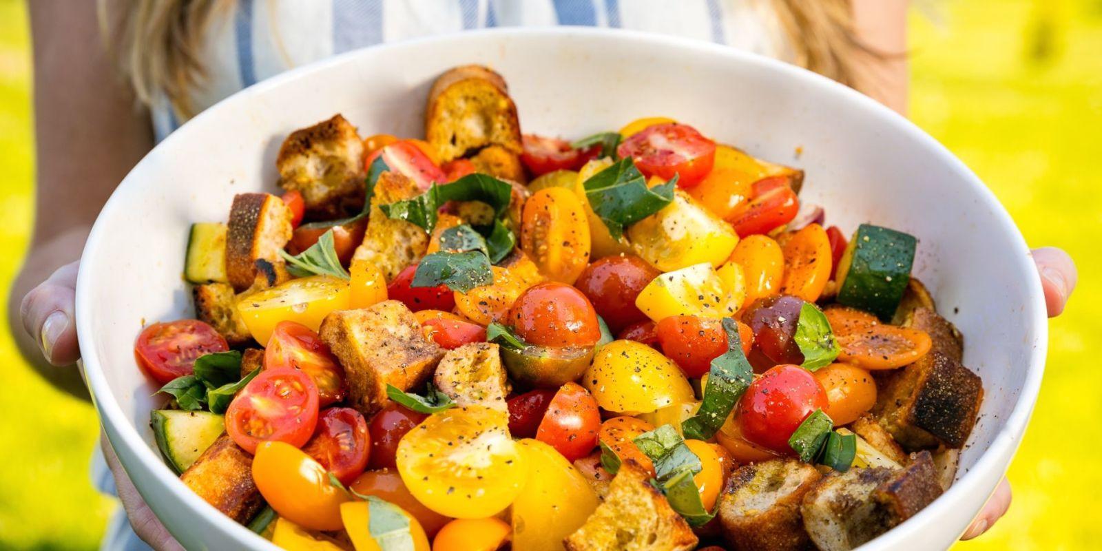 Healthy Summer Vegetarian Recipes  Best Summer Panzanella Recipe How To Make Summer Panzanella