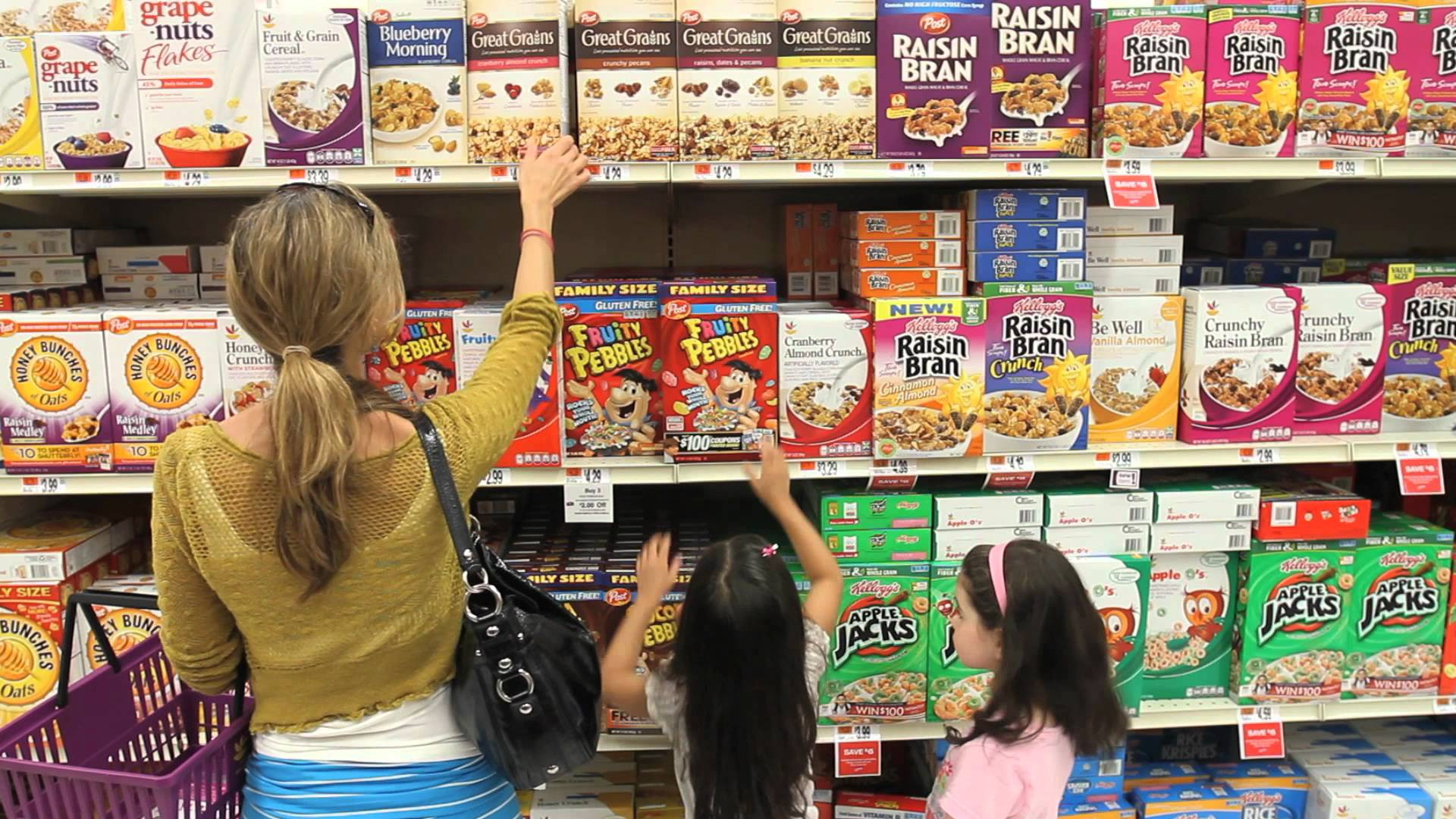Healthy Supermarket Snacks  choosing healthy foods at your grocery store
