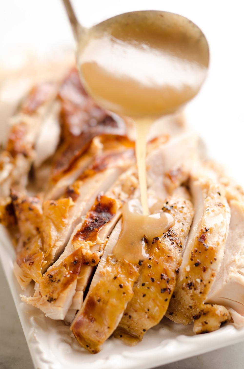 Healthy Turkey Gravy  Easiest Roasted Turkey & Gravy