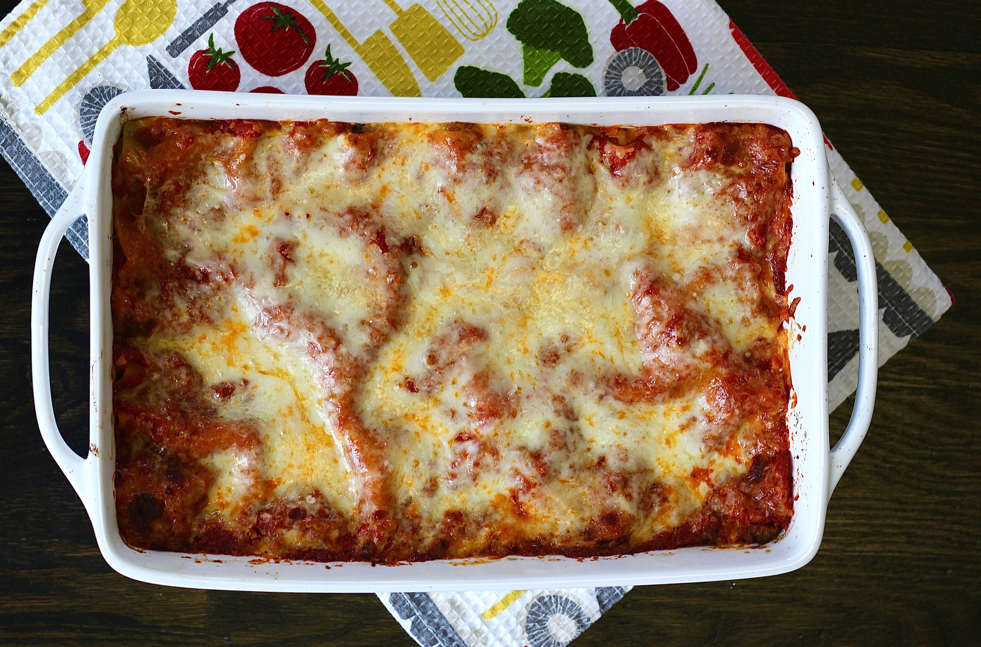 Healthy Turkey Lasagna  AN EASY WEEKNIGHT RECIPE & TIPS FOR CLEANING UP IN THE