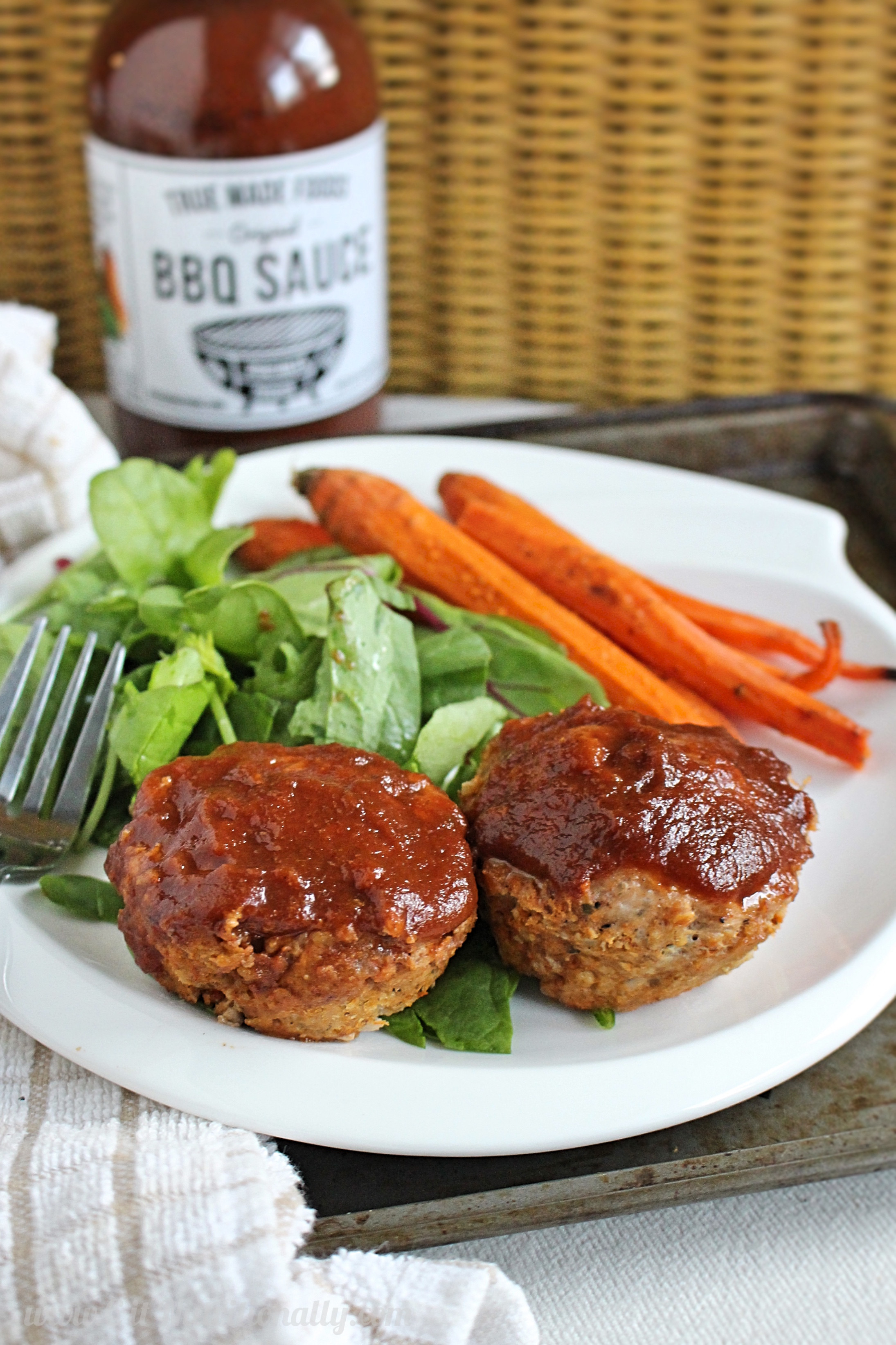 Healthy Turkey Meatloaf Muffins  Healthy Turkey Meatloaf Muffins Frugal Friday Week 6 C