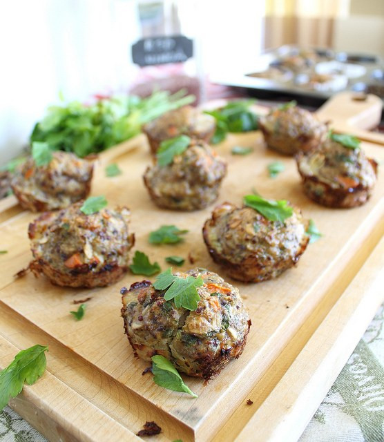 Healthy Turkey Meatloaf Muffins  Turkey quinoa muffins