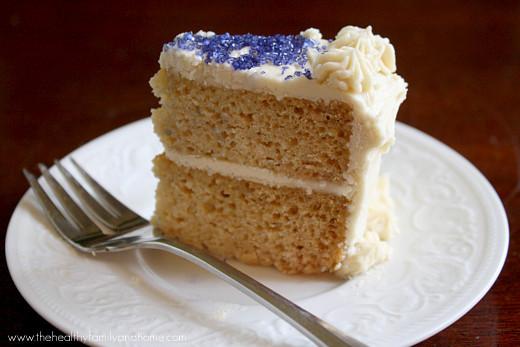 "Healthy Vanilla Cake Recipe  Vanilla Vegan Birthday Cake with Buttercream"" Icing"