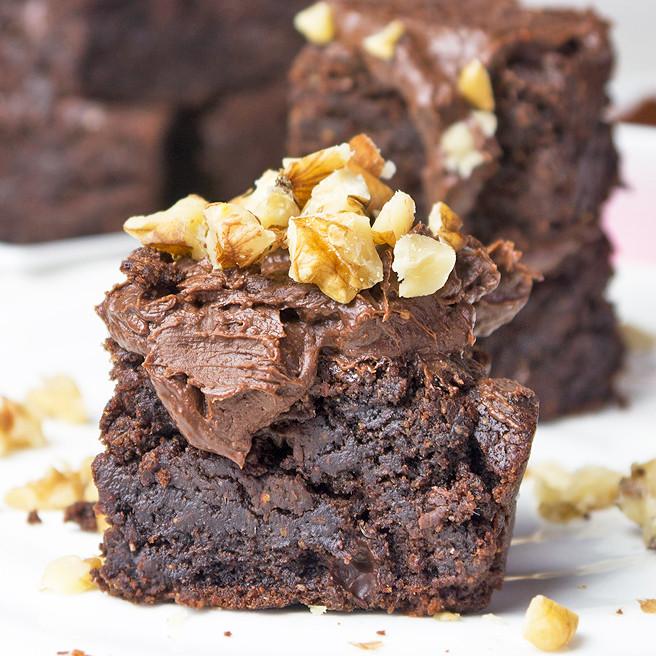 Healthy Vegan Brownies  Fudgy Tahini Brownies