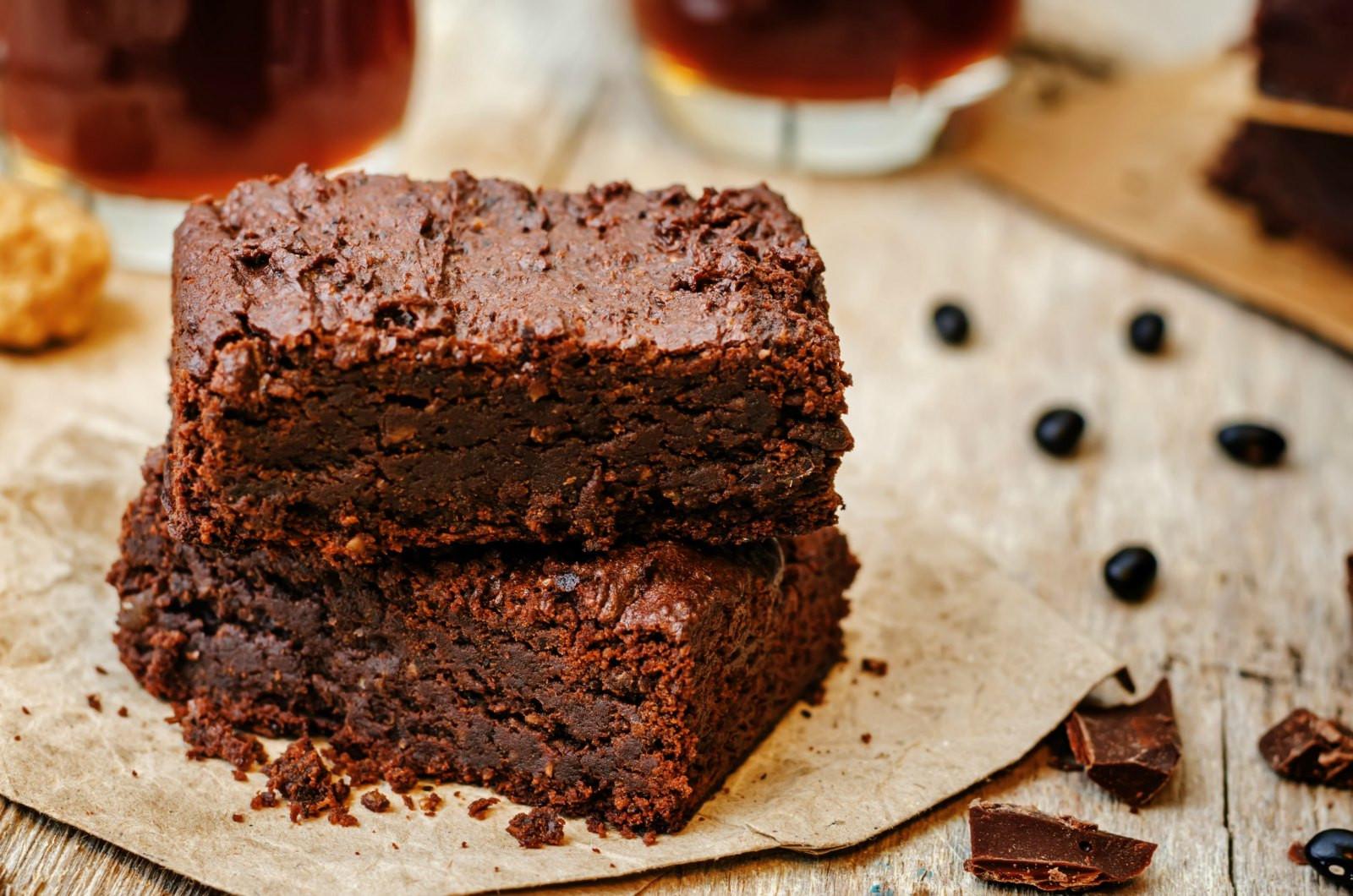 Healthy Vegan Brownies  Healthy Vegan Brownies Fudgy Oil Free & Gluten Free