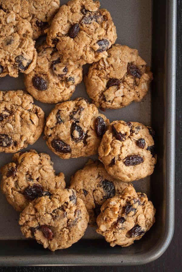 Healthy Vegan Oatmeal Raisin Cookies  Best 25 Vegan oatmeal raisin cookies ideas on Pinterest