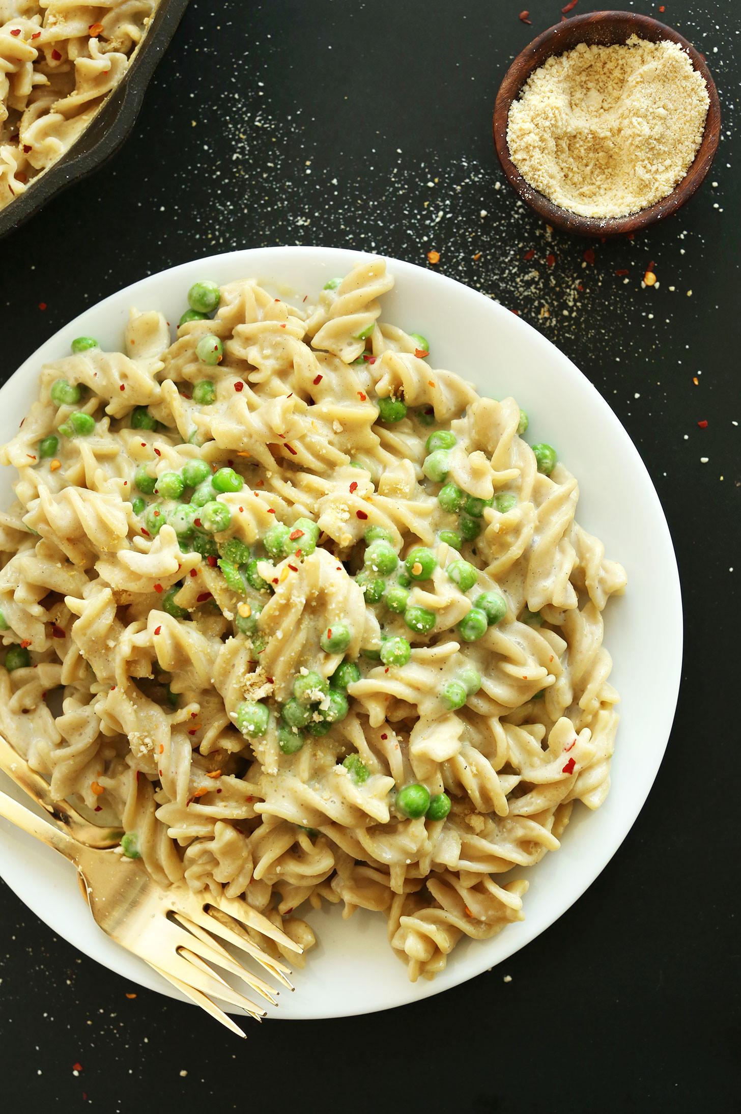 Healthy Vegan Pasta Recipes  Easy Vegan Alfredo GF