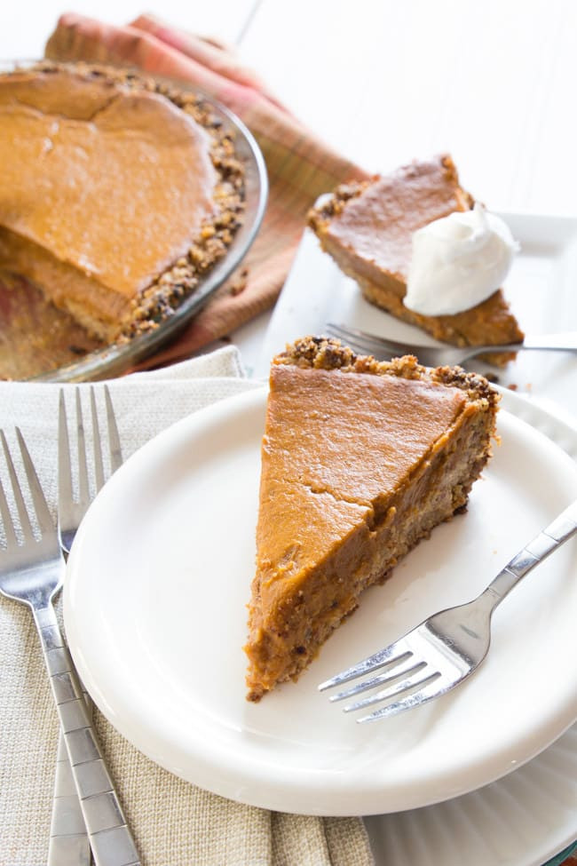 Healthy Vegan Pumpkin Pie  Vegan Pumpkin Pie Happy Food Healthy Life