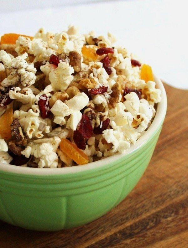 Healthy Vegan Snack Recipes  12 Portable Vegan Snacks For When Hunger Hits