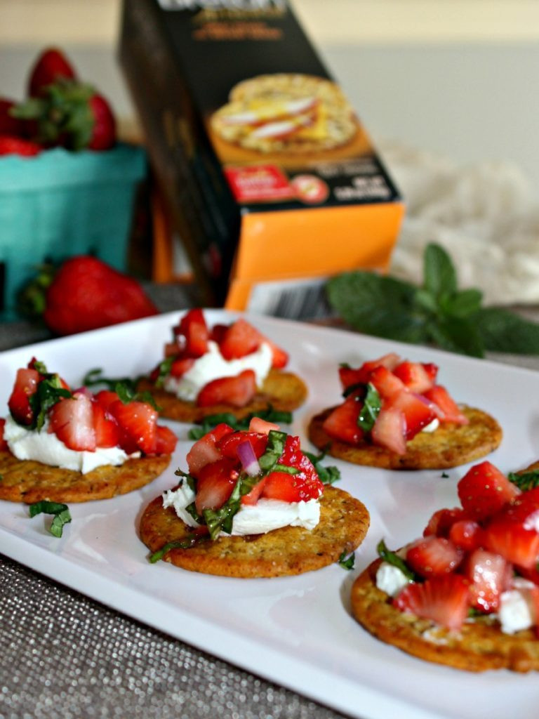 Healthy Vegetable Appetizers  Strawberry and Goat Cheese Appetizers Simple And Savory