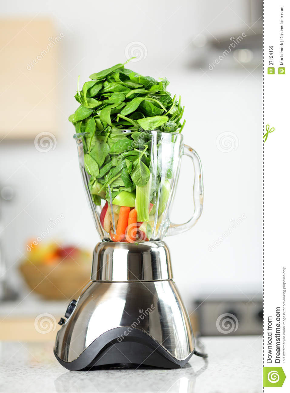 Healthy Vegetable Smoothies  Green Ve able Smoothie In Blender Royalty Free Stock