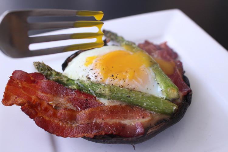 Healthy Weekend Breakfast  Healthy Weekend Breakfast Bacon Egg Asaparagus and