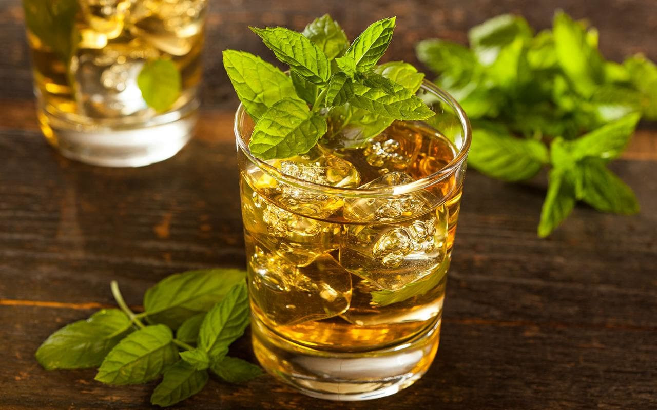Healthy Whiskey Drinks  Whisky cocktails six classics to try