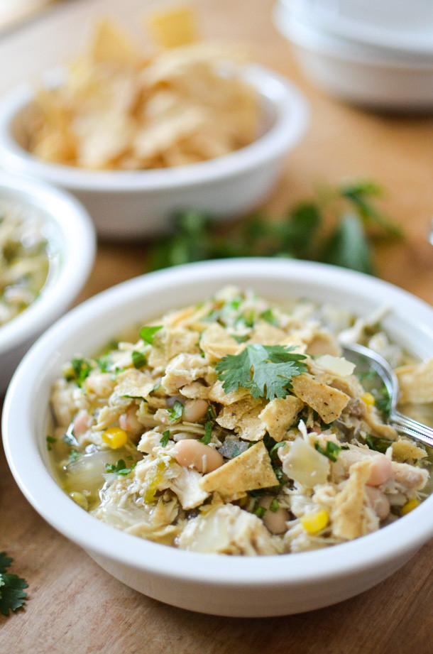 Healthy White Chicken Chili Slow Cooker  14 Days of Healthy Suppers