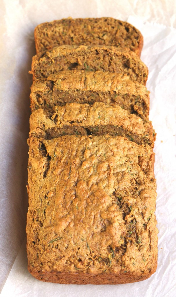 Healthy Zucchini Bread With Applesauce  zucchini bread with applesauce no sugar