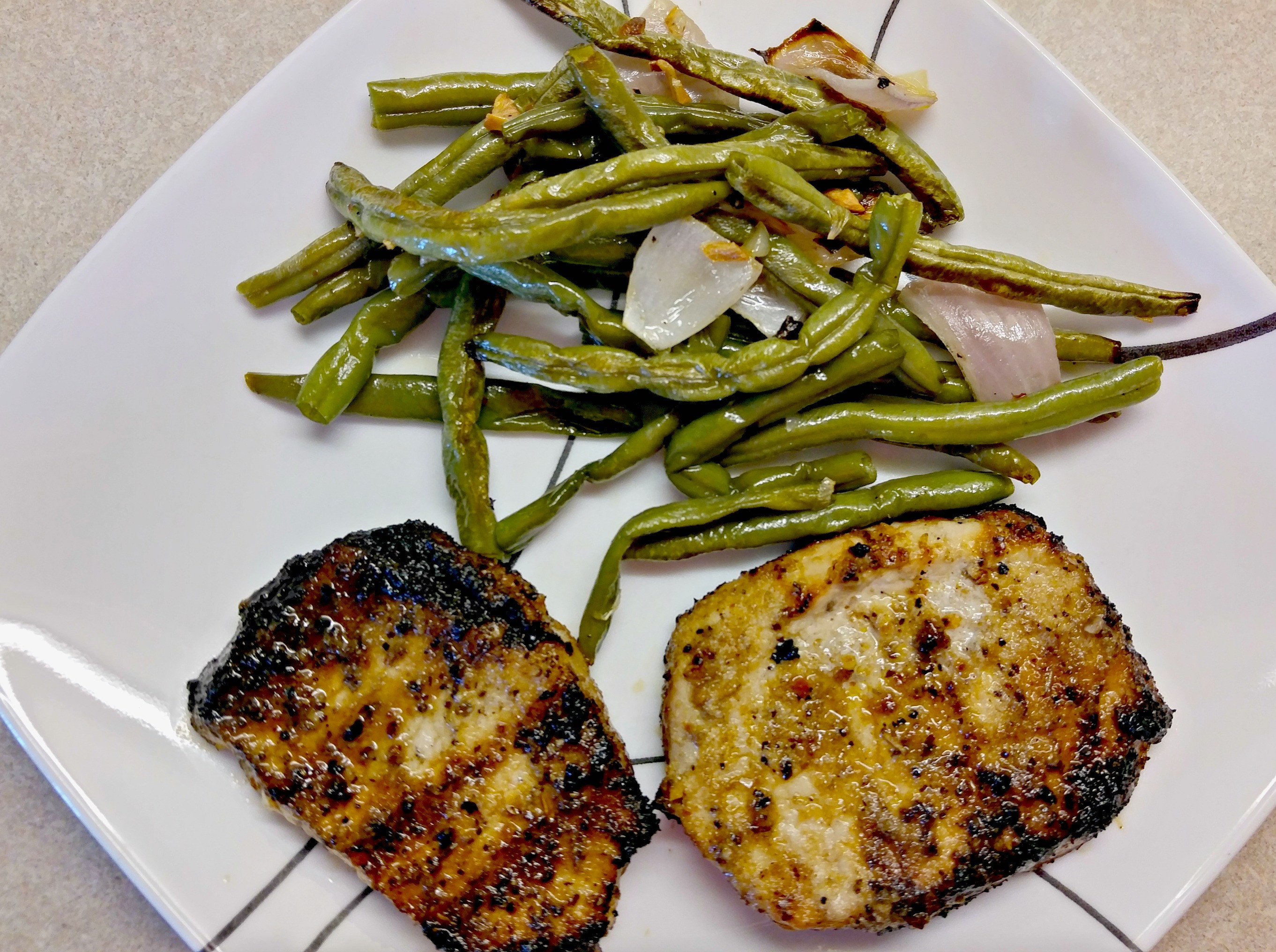 Heart Healthy Pork Chops  Grilled Pork Chops & Green Beans Heart Healthy — SIMPLY