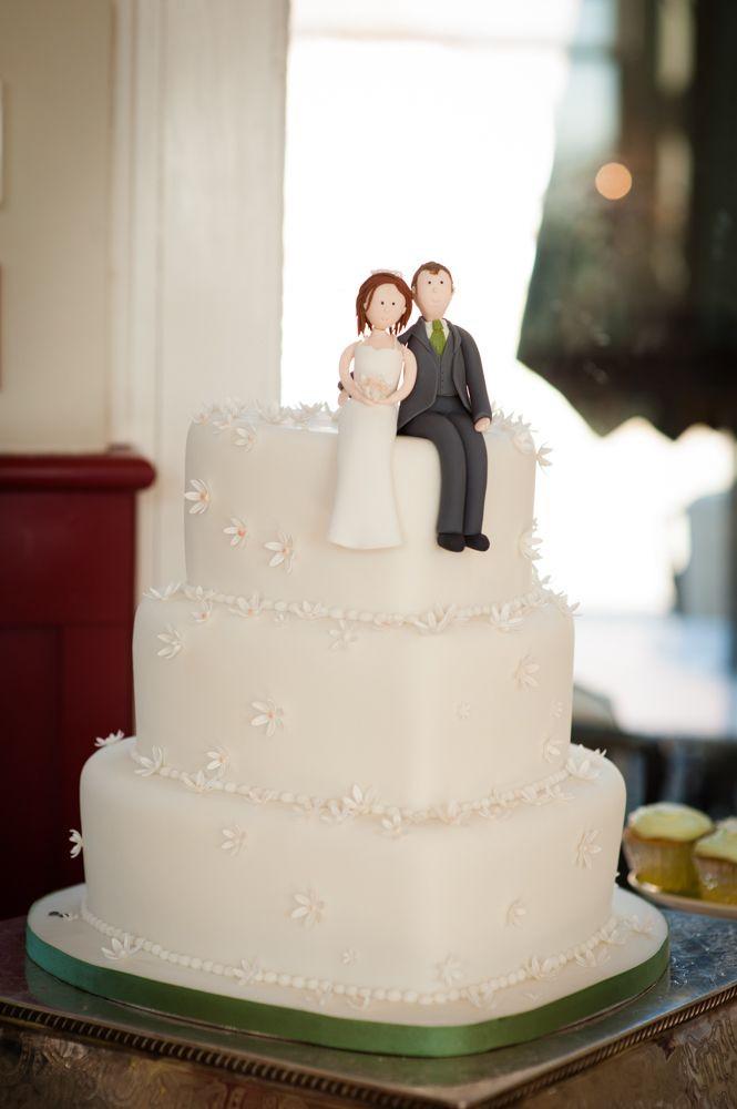 Heart Shape Wedding Cakes  13 Perfectly Sweet Heart Shaped Wedding Cakes