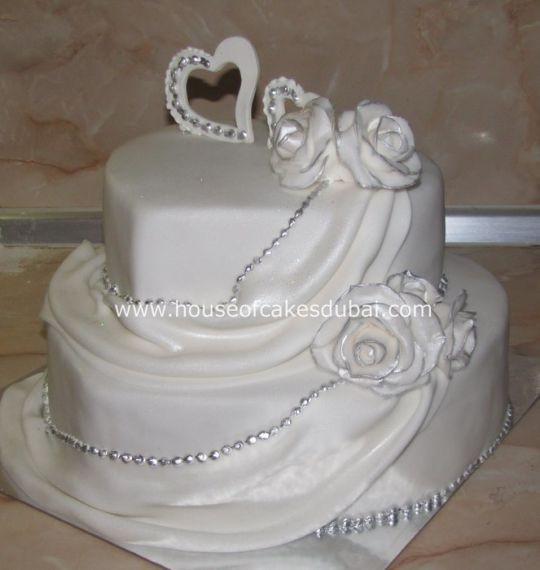 Heart Shape Wedding Cakes  Heart shaped wedding cake Cake by House of Cakes Dubai