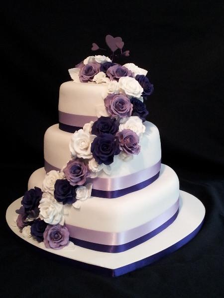 Hearts Wedding Cakes  Wedding Cakes