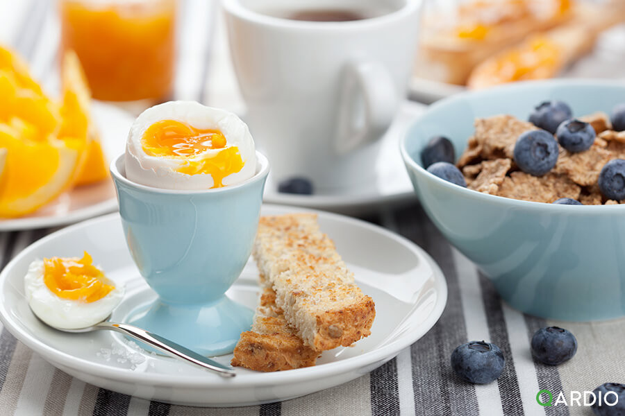 Hearty Healthy Breakfast  Heart healthy breakfast which foods lower blood pressure